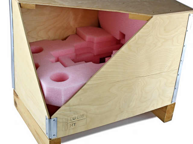 Transportverpackung als Holz und Schaumstoff - Exportverpackung
